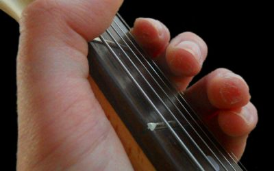 This Is The Best Way to Build Calluses for Guitar